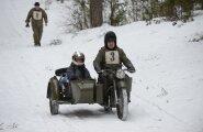 ФОТО И ВИДЕО DELFI: В Ида-Вирумаа прошел международный зимний фестиваль старинных мотоциклов