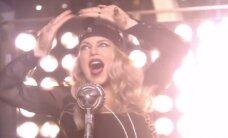 KUULA ja VAATA: Beebikilodega Fergie üllitas vallatu ja peotujulise muusikavideo