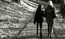 Kahe lapsega üksikema: kas ma ei saagi end enam kunagi naisena tunda?