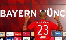 FOTOD: Müncheni Bayern esitles ametlikult uut staarpoolkaitsjat