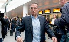 Bayern plaanib soetada Ribery, Arsenal ja Dortmund jahivad Man City ründajat