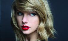 TAYLOR SWIFT – pole veel Näosaate materjal, aga on hetkel maailma tähtsaim popstaar