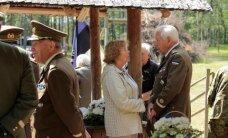 FOTOD: Värskas avaldati austust küüditatud ja hukatud Eesti ohvitseridele