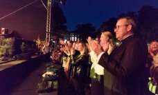 ÖÖS ON ASJU: Presidendi roosiaias toimus raju kontsert — suurim, mis seal kunagi peetud on!