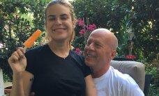 ФОТО: Дочь Брюса Уиллиса и Деми Мур снялась топлесс