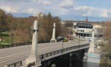 В Тарту 56-летний мужчина упал в реку и утонул