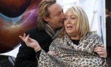Suri John Lennoni esimene naine Cynthia Lennon