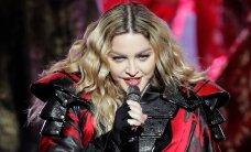 Pisarais ja purjus Madonna palus publikut: keegi võiks mu eest hoolt kanda