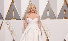 TRENDIÜLEVAADE: Oscarite punasel vaibal kohtus vana Hollywoodi glamuur viimase aja megatrendidega