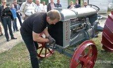 VIDEO: Täielik uunikum! Vaata, milline näeb välja Eesti vanim traktor