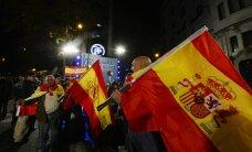 Король Испании распустил парламент и назначил новые выборы