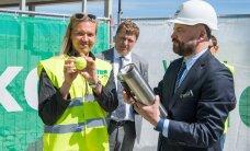 ФОТО DELFI: В Таллинне был заложен краеугольный камень Теннисного центра Tallink