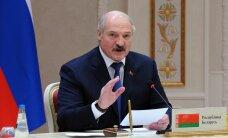 """Лукашенко рассказал об извинениях Порошенко за инцидент с """"Белавиа"""""""