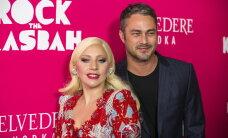 Tänapäeva Yoko ja John? Porgandpaljad Lady Gaga ja tema kihlatu ajakirja V kaanel: me armatsesime lõuendil keset terrorismi
