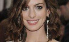 Süütuke Anne Hathaway võtab uues filmis rinnad paljaks