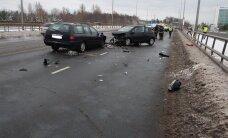 100 SEKUNDIT: Pärnus Papiniidu sillal toimus raskes avariis viga kolm inimest, 21-aastane naine kavandas Soome koolis 40 inimese tapmist