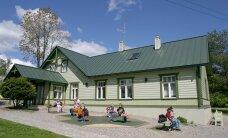 PLUSSID JA MIINUSED: Kas õige Eesti kodu on kivist või puidust?