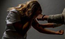 ПОМОЖЕМ ВМЕСТЕ! Телефон поддержки для переживших насилие женщин должен продолжить работу