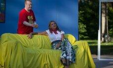 FOTOD: Saagim, Tulev ja Aaslaid läksid uues komöödialavastuses kohtingule