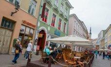 Riigile 80 000 eurot võlgu endine bordellipidaja peab Viru tänaval ööklubi