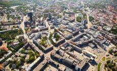 Таллинн выставляет на торги участки и квартиры
