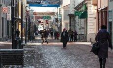 Kuurortlinn Pärnu asub Riia ja Tallinna vahel. Suur osa külastusi tuleb möödasõitjatelt.