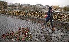 Pariisi tabalukkudega sild kaob - kõik kooselu kinnitavad märgid kõrvaldatakse