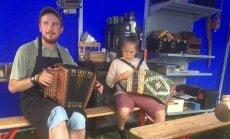 ФОТО и ВИДЕО: Смотрите, как Эвелин Ильвес отдыхает с возлюбленным на Viljandi Folk