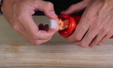 VIDEO: Kaks viiesekundilist trikki, mis kokkamise ülilihtsaks teevad