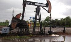 Нефть подешевела в ожидании данных о запасах в США