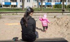 Судебный исполнитель арестовал счет молодой мамы с ребенком из-за 2,57 евро!