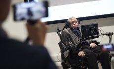 Stephen Hawking: inimkonna ajalugu on rumaluse ajalugu, võime seista uue suure lolluse veerel