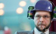 ФОТОПРИКОЛ: Все дело в шляпе? 7 головных уборов, которые Осиновскому к лицу
