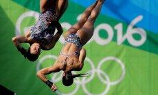 Brasiilia sünkroonvettehüppajad Ingrid Oliveira ja Giovanna Pedroso