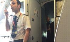 Lennukikapten teavitas reisijaid kentsakast olukorrast pardal