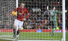 Klavani kätes on takistada Rooneyt ajalugu tegemast
