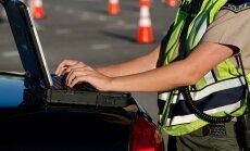 Politseinikel on vaja infosüsteemi, mis võimaldab kasvõi patrullautos inimeste andmeid kontrollida, kuid taolise ligipääsuga kaasneb ka vastutus.