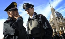 Itaalia politsei konfiskeeris ligi 800 Saksamaale, Hollandisse ja Belgiasse teel olnud pumppüssi
