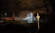DELFI FOTOD: Herne tänava autoremonditöökoja põleng ajas südalinna ärevusse