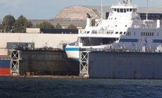 ÄRILEHE FOTOD: Praamiliikluse koormust leevendama pidanud parvlaev Hiiumaa on alles Koplis