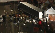 Esmaspäeva õhtul sõitis Berliini Breitscheidplatzi jõuluturul rahva sekka terrorist veokiga. Hukkus vähemalt 12 ja vigastada sai ligi 50 inimest.