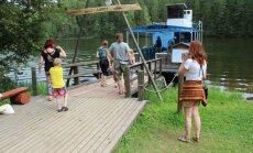 Saesaare paisjärve kadumine mõjutab teiste seas osaühingut Metsakoda, mille jõelaev Lonny ei saaks enam järvel huvisõite teha.