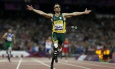 Oscar Pistorius võidab kuldmedali Londoni paraolümpia 400 meetri jooksus