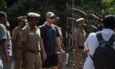 India - paar pilti kohtu eest