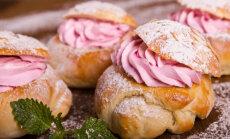 HOMME ON VASTLAD: Küpseta perele roosa täidisega, kohevad ja magusad vastlakuklid