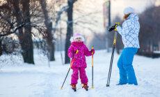 Lumi tuli maha — nii õpetad ka väikese lapse suusatama