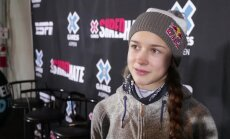 DELFI ASPENIS: Kelly Sildaru kahe esimese treeningu järel: lumesadu segab harjutamist