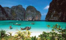 Начало сезона в Таиланде омрачили ливни, забастовки и нашествие медуз