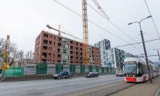 SEB: ehituslubade taotlemine aeglustub, kinnisvara hindade tõus vaibub