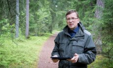 RMK Ida-Harjumaa metsaülem Andrus Kevvai kinnitas Kolga rahvale, et raietegevust arendades püütakse vältida rohkem kui kolme hektari suurusi lanke, samuti noolsirgeid kokkuveoteid. Seda selleks, et mets jääks pärast raiet võimalikult looduslik ega riivaks